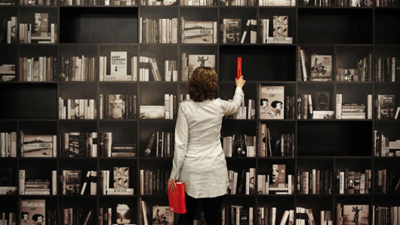 """15/12: la Bibliomediateca presenta """"Personagge"""""""