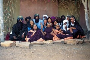 Tartit è un gruppo musicale della regione di Timbuctù, nel nordest del Mali
