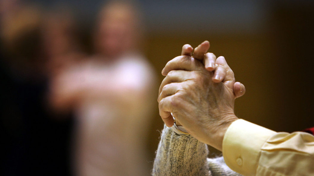 Chi si CURA delle lavoratrici di cura? Incontro online